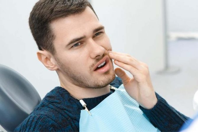 The Difference Between a Cracked Tooth and Chipped Tooth